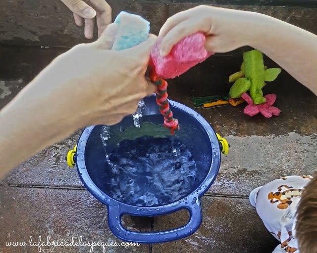 juguetes-agua-diy