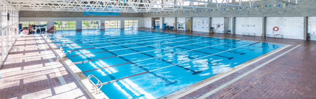 piscina campus esport